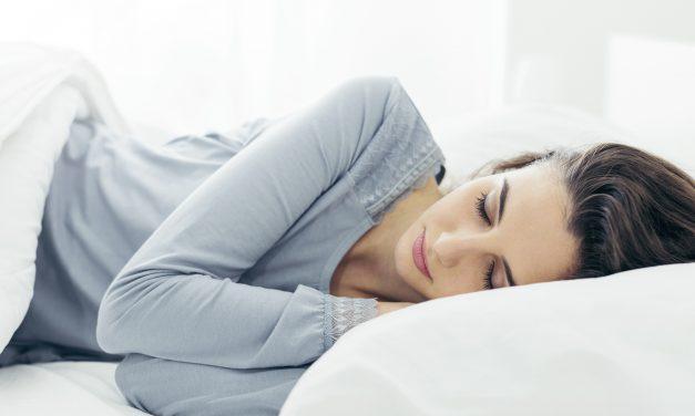 Schluss mit Nackenschmerzen – Das richtige Kissen für einen erholsamen Schlaf