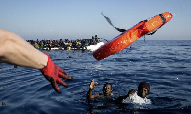 Lebensrettungsverbot – EU kriminalisiert private Seenotrettung, während Tausende ertrinken