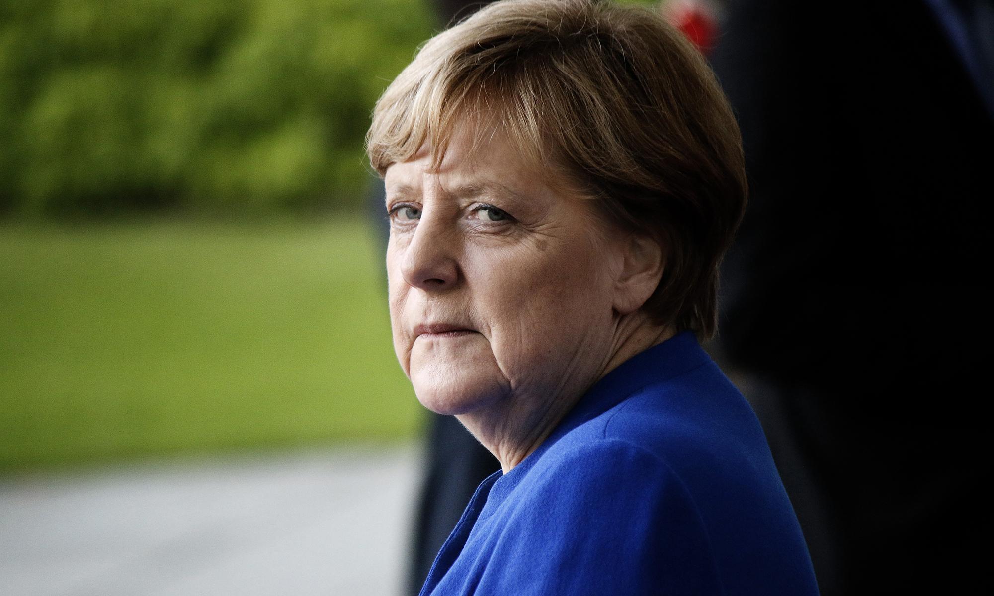 Das Merkel-Universum bekommt Risse